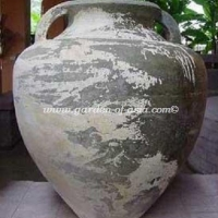 gakm-004-antique-urn
