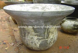 gakm-013-l-antique-urn