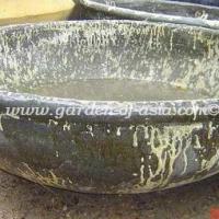 gakm-048-antique-urn