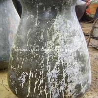 gakm-054-antique-urn