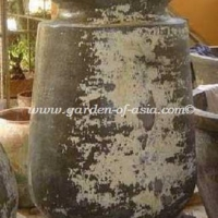gakm-059-a-antique-urn