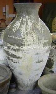 gakm-076-antique-urn
