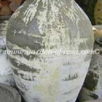 gakm-076-antique-urn