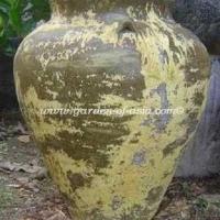 gakm-078-a-antique-urn