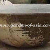 gakm-079-antique-urn