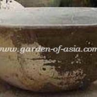 gakm-079-antique-urn