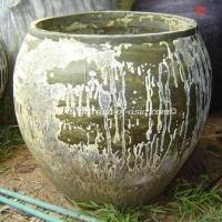 gakm-089-antique-urn