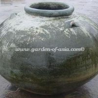 gakm-105-antique-urn