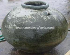 gakm-105-antique-urn
