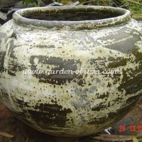 gakm-113-antique-urn