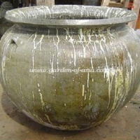 gakm-138-antique-urn
