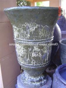 gakm-139-antique-urn