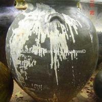 gakm-001-a-antique-urn