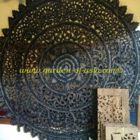 wood-carving-round-black-antique-120x120-cm