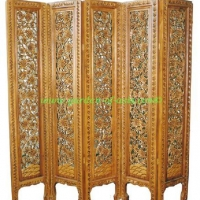 GA wood carved divider 7828212 (Small)